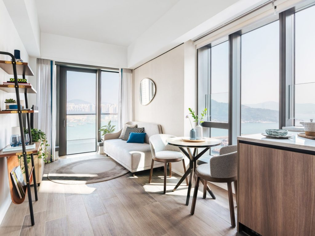 Hong Kong Homes - Waterfront Suites