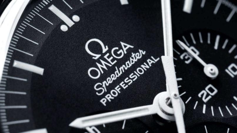 omega-moonwatch