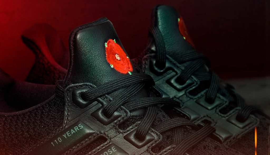 The red Lancashire rose on the UltraBOOST's tongue