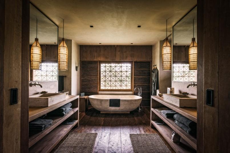 Phum Baitang Bathroom