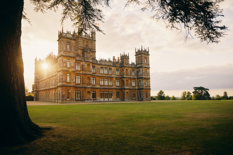 Downton Abbey Airbnb, Highclere castle