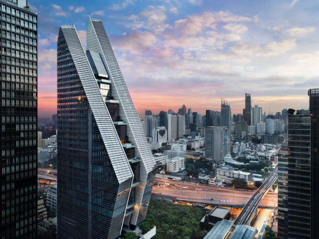 Rosewood Bangkok - Facade