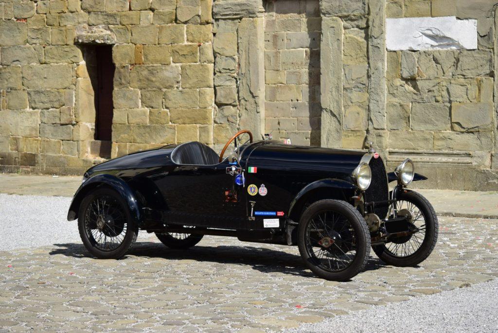 Vintage Italian Supercars Auction show paris