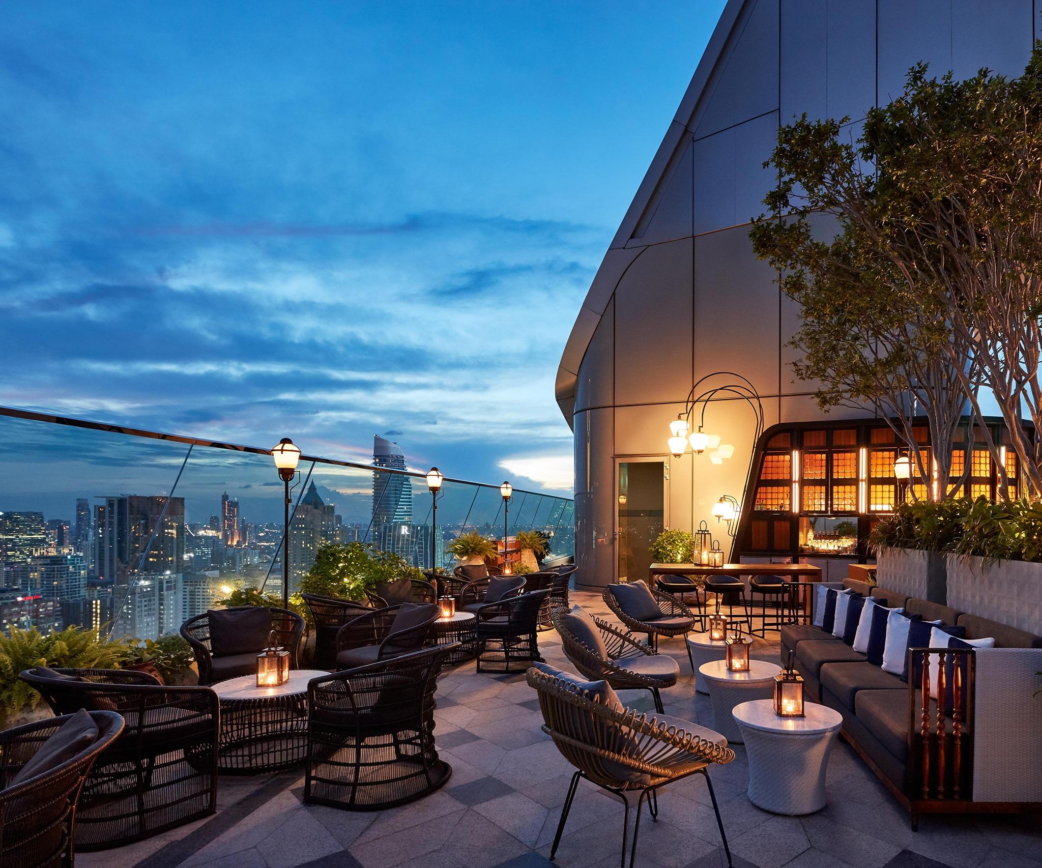 Best Rooftop Bar Bangkok, rooftop bar bangkok, sky bar bangkok, sky bar, bangkok bars, bangkok rooftop places, best rooftop bars in bangkok, top rooftop bars, bangkok best sky bars, sky bars, popular rooftop bars, new rooftop bars bangkok, best speakeasies bangkok, Penthouse Bar, Penthouse Grill, Penthouse rooftop bar,