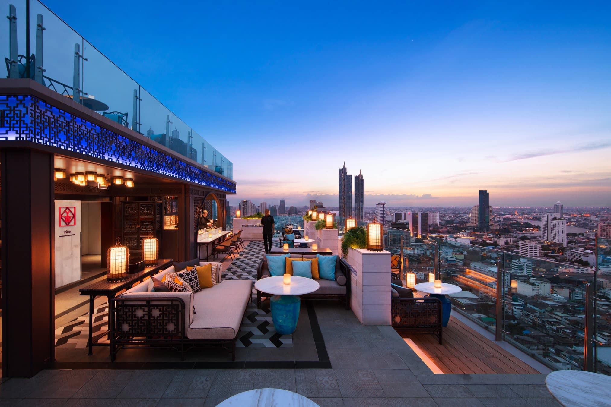 Best Rooftop Bar Bangkok, rooftop bar bangkok, sky bar bangkok, sky bar, bangkok bars, bangkok rooftop places, best rooftop bars in bangkok, top rooftop bars, bangkok best sky bars, sky bars, popular rooftop bars, new rooftop bars bangkok, best speakeasies bangkok, Yao Rooftop Bar, Yao Restaurant,