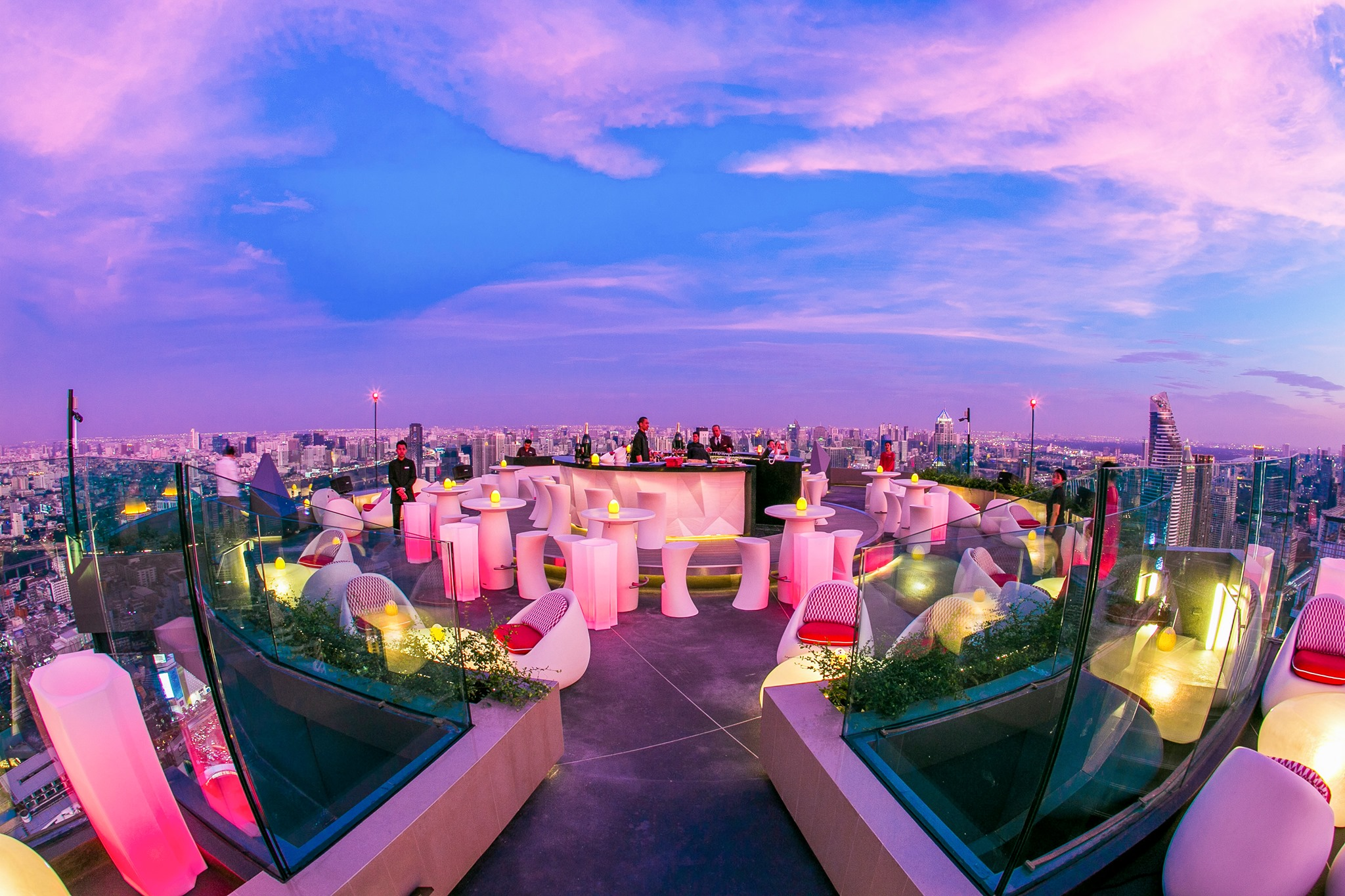 Best Rooftop Bar Bangkok, rooftop bar bangkok, sky bar bangkok, sky bar, bangkok bars, bangkok rooftop places, best rooftop bars in bangkok, top rooftop bars, bangkok best sky bars, sky bars, popular rooftop bars, new rooftop bars bangkok, best speakeasies bangkok, CRU, CRU Champagne Bar, CRU Champagne rooftop,