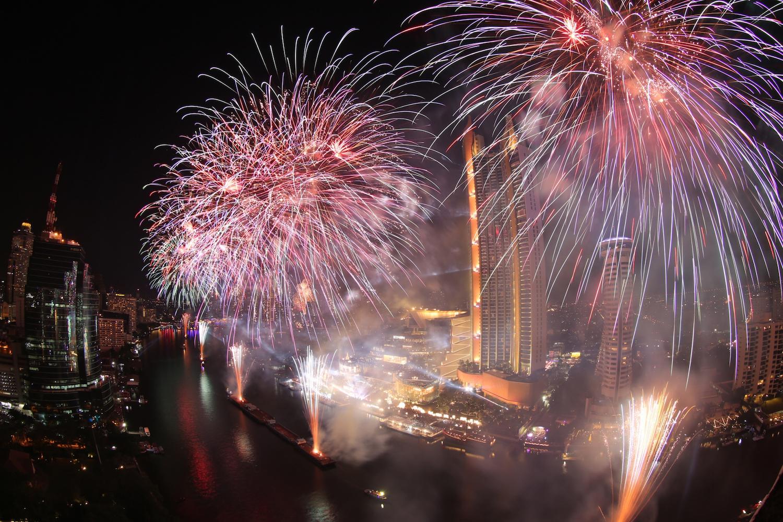 Iconsiam, Iconsiam festive events, festive events bangkok, Christmas, New Year's Eve, Christmas at Iconsiam, New Year's Eve iconsiam, Christmas 2019 bangkok, happy new year 2020,
