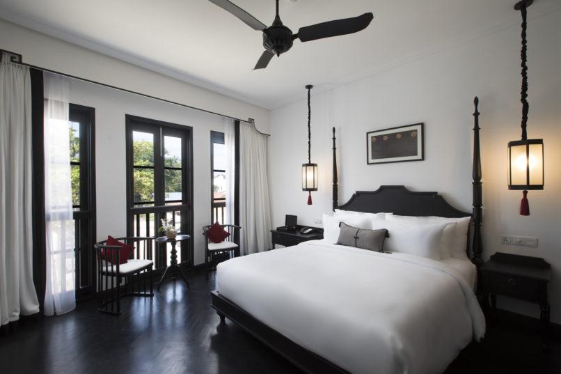 liu men hotel guestroom
