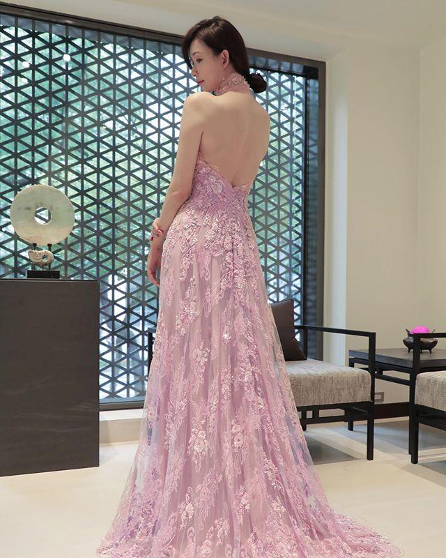 万众瞩目!台湾第一名模林志玲的5套女神级婚礼礼服