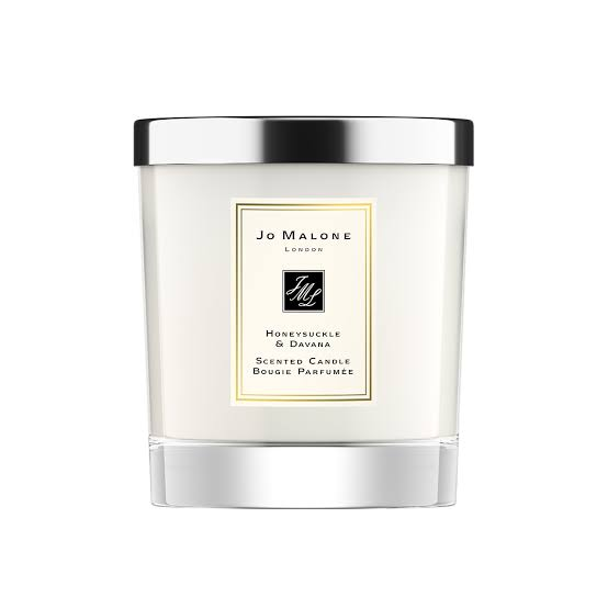 Jo Malone, Jo Malone honeysuckle, Christmas, Christmas season, Christmas candles, scented candles, aromatic candles, yankee candles, after sledding,