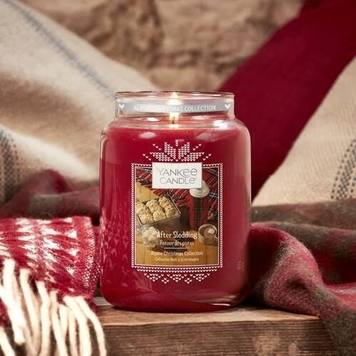 Christmas, Christmas season, Christmas candles, scented candles, aromatic candles, yankee candles, after sledding, yankee after sledding