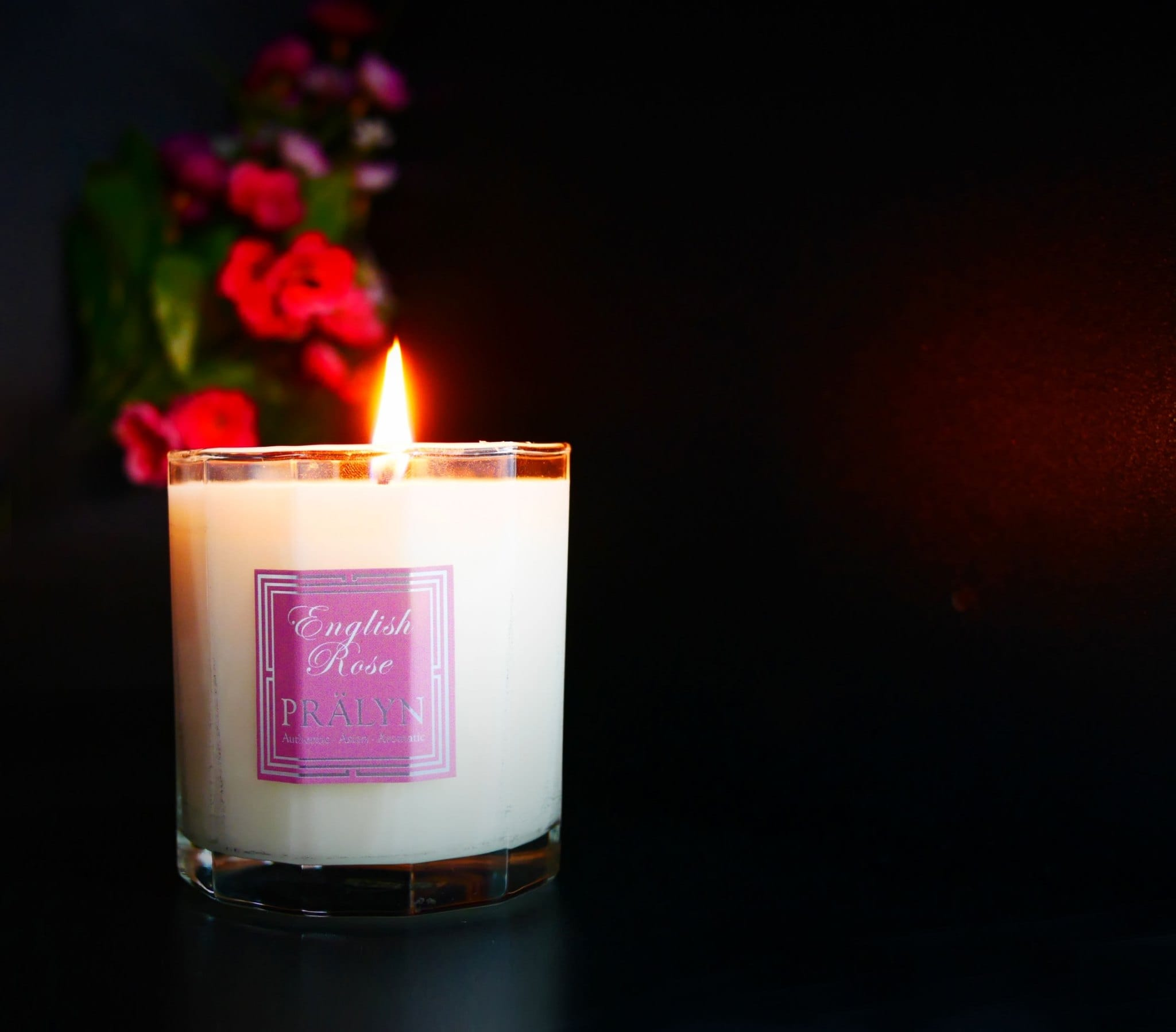 Pralyn, Pralyn English rose, pralyn, pralyn English rose, Christmas, Christmas season, Christmas candles, scented candles, aromatic candles,