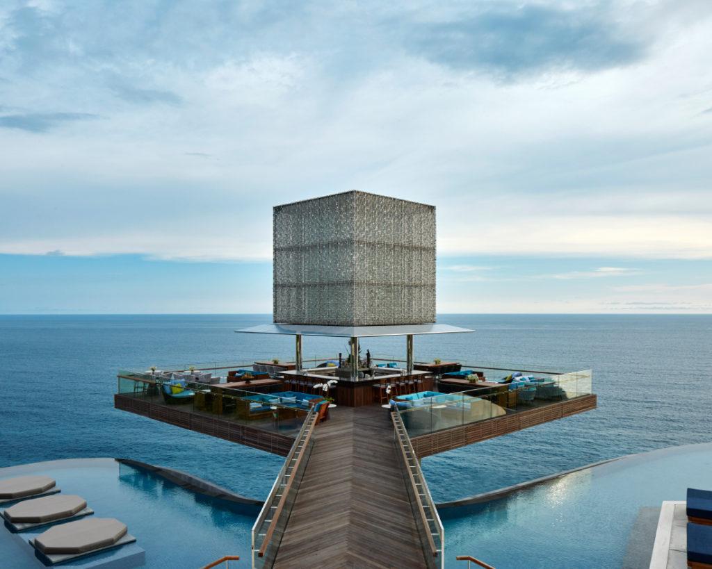 Omnia Bali beach club