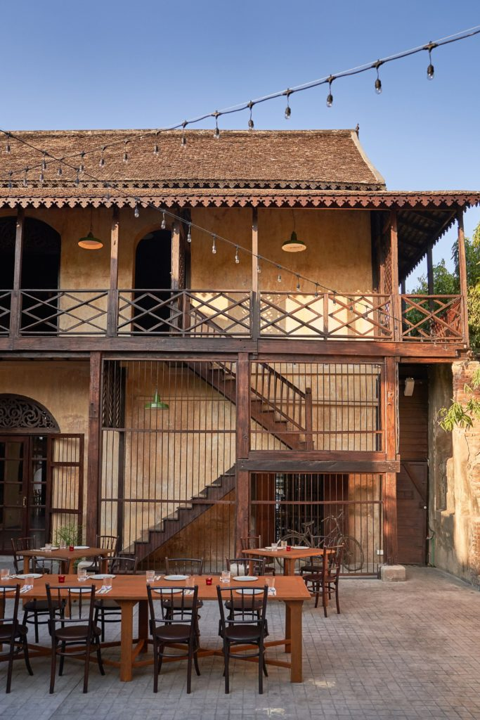 Kiti Panit General Store, 130-year-old mansion, Chiang Mai, Thai Northern Food, new restaurant,