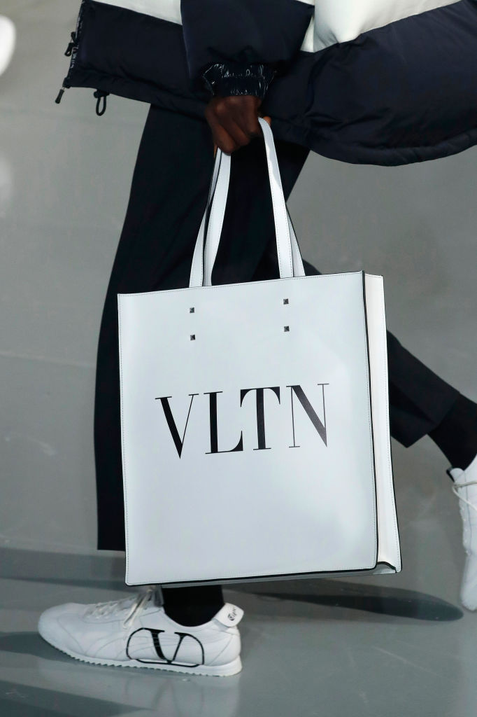 A classic white tote at Valentino Fall 2020. Image: Courtesy Getty
